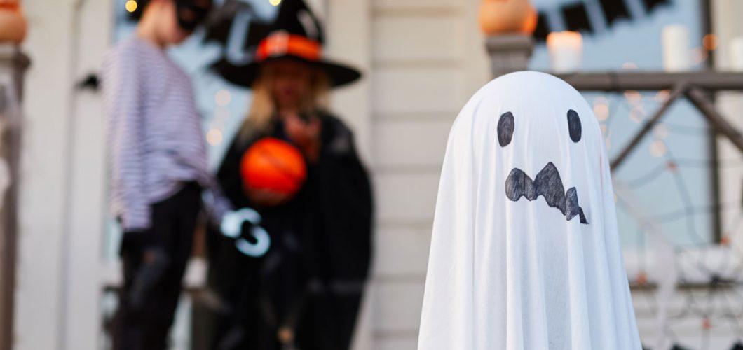 Decoración halloween - Servei Estació
