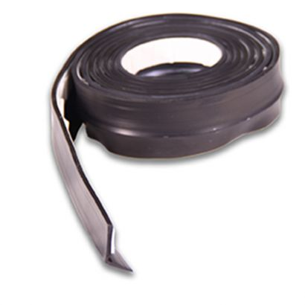 Burlete de Goma para puertas de garaje. Adh. 5 m. / Negro. Blister 1 rollo