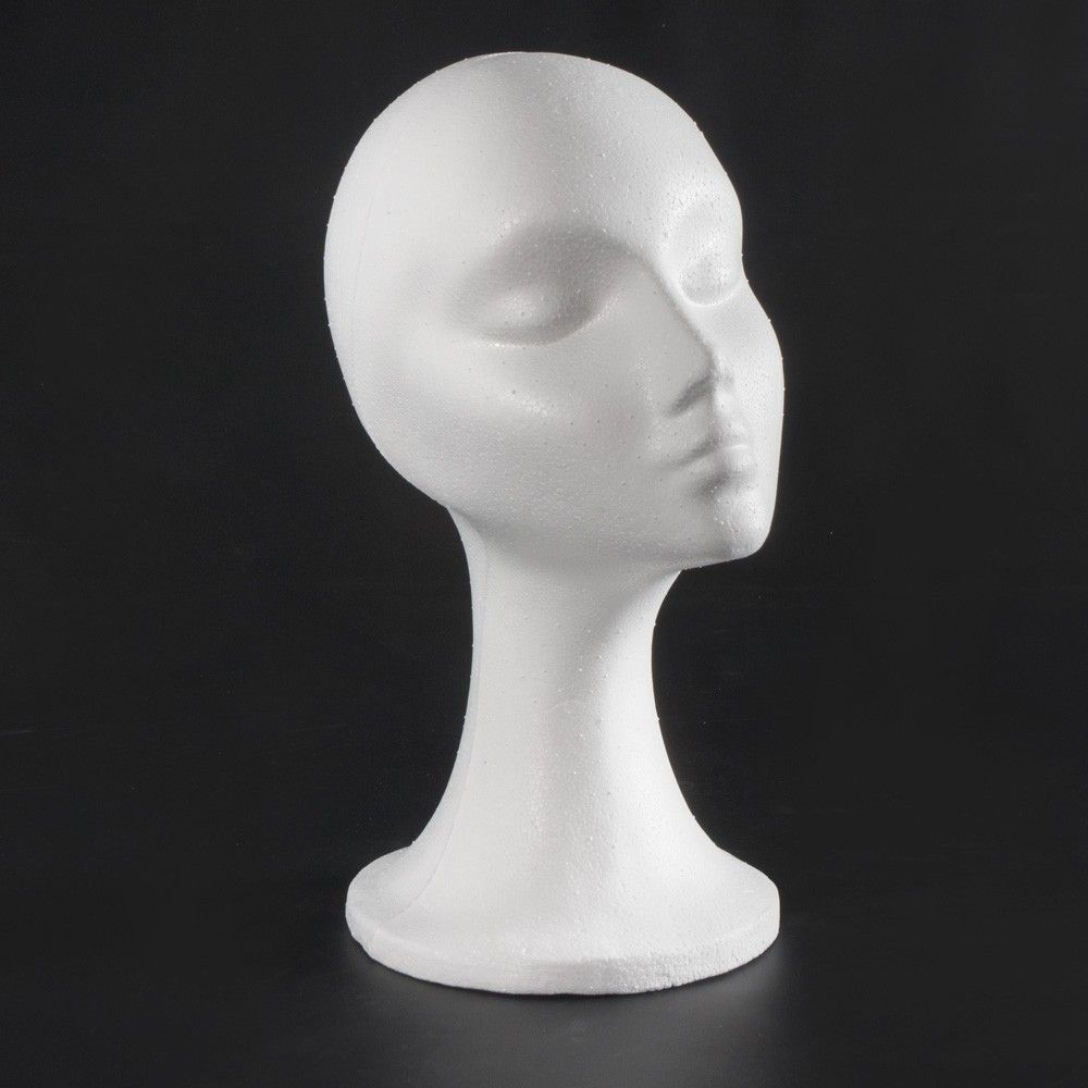Cabeza de mujer con cuello de Porexpan